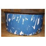 Porcelain Blue & White Round Bowl