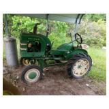 John Deere L 4000T Antique Tractor