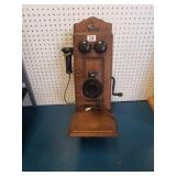 Antique telephone + radio