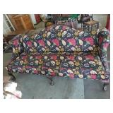 Vintage Chippendale Style Sofa Amazing