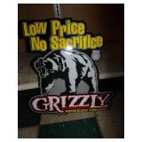 Metal Grizzly Snuff Sign