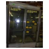 Hussman Freezer 80 x 59 x 34 ** Cracks in 1 door