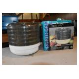 "Food Dehydrator, complete 10"" Trays"