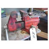 Craftsman Vise, with pipe lugs inside,Nice