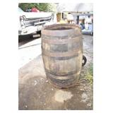 Vintage Early Whiskey Cask, Nice