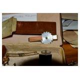 Craftsman & 4 other tie clips,Jade,