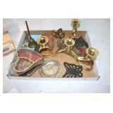 Assortment, Worlds Fair Plate, small trivets
