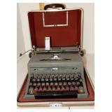 Mid Century Royal Quiet Deluxe Typewriter Tweed