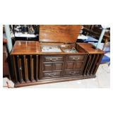 Beautiful Zenith Console Stereo  READ