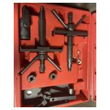Volvo BAUM tools be 5452 Specialty puller set