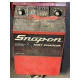 Snap-On batter Charger  70/60amp 420 Boost