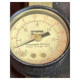 Pneumatic gauge