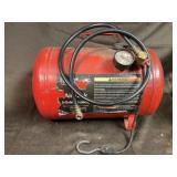 5 gallon red air tank