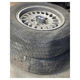 Bmw wheel and tire 195/70/r14 has dry rot
