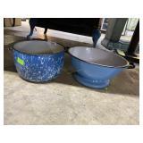 Two enamelware pcs: handled bucket & double handle