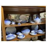 Bing & Grondhal Seagull dinnerware set service for