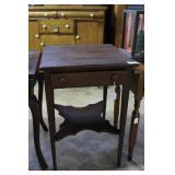 Single Drawer Tiger Oak Pedestal Side Table With U