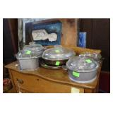 Six pcs Wagner ware cookware incl covered tureens