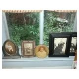 Pictures 5pc, windowsill lot