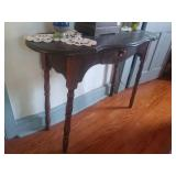 Vintage Hallway Side Table. 42x15x30