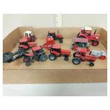 Lot 1/64 international tractors
