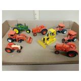 Lot 1/64 miscellaneous tractors