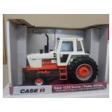 1/16 Case 1570 Tractor Dealer Edition