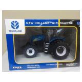 1/32 New Holland TG275 Tractor