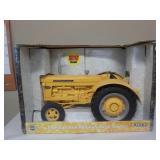 International 660 Industrial Tractor