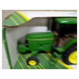 John Deere 7600 row crop tractor 1/16 scale