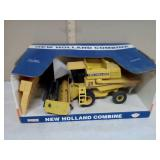 New Holland combine 1/32 scale