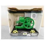 1:6 John Deere Model E in Box