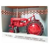 """McCormick Deering Farmall """"AV"""" 1992 Lafayette"""