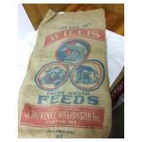 100 pounds Willis fresh mixed feed burlap sack.