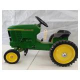 John Deere 7600 pedal tractor
