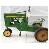 John Deere 620 pedal tractor.  Needs wagon hitch.