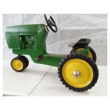 John Deere 520 pedal tractor