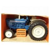 "Ford ""4000"" tractor. 1/16 scale."