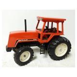 Deutz-Allis 8010 tractor. 1/16 scale