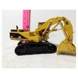 Cat 5080 excavator. 1/32 scale