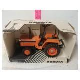Kubota L2850 tractor. 1/16 scale