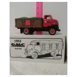 952 GMC grain box. 1/34 scale