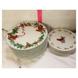 11 holly dinner plates with 4 matching salad