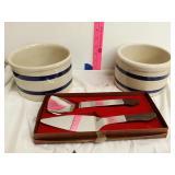 2 ceramic pots and serving set