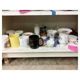 Miscellaneous coffee cups and tea cups