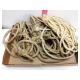 Box lot of rope