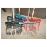 FIVE BARN STALL FORKS