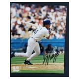 Mike Piazza Signed Photograph With Certificate