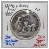 Danbury Mint Huckleberry Finn Round