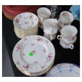 31 Pieces Paragon china